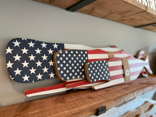 XL, large and medium Stars & Stripes Whales