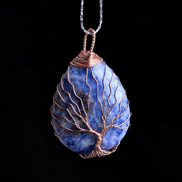 Natural stone pendant with tree of life, symbol of love and protection - TeSolucionanLaVida