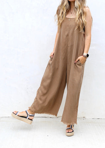 Raw Edge jumpsuit - Camel
