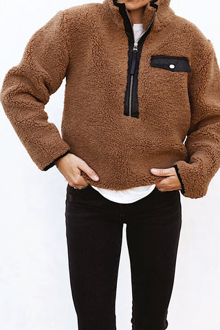 Zoey Pullover - Camel