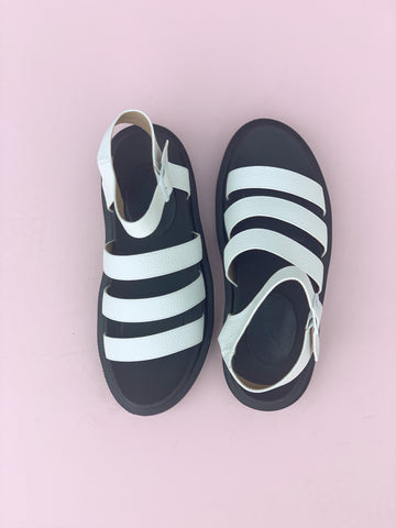 Virgo Sandal - White