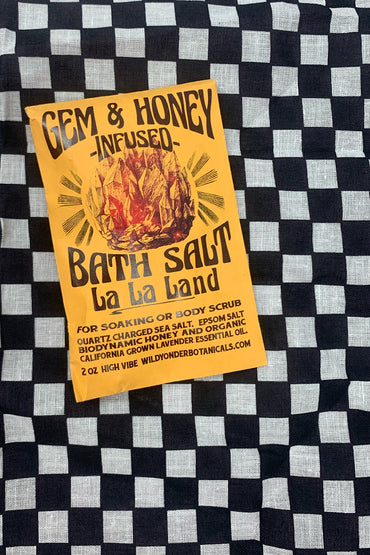Wild Yonder Botanicals - La La Land Gem Honey infused Mineral Soak/Scrub