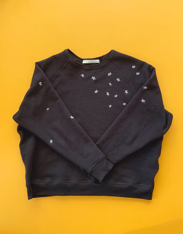 The Raglan Star Pullover Black