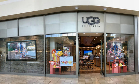 Ugg takes full advantage of their storefronts to engage and retain shoppers.
