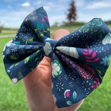 Load image into Gallery viewer, Navy Floral Hair Bow