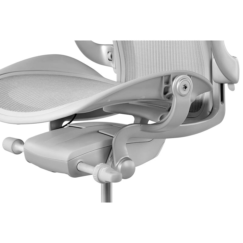 Herman-Miller-Aeron-Adjustents