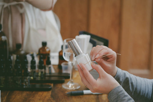 Custom fragrance workshop with Sari Kahoritotomoni