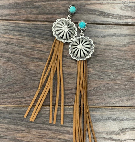 Concho Earrings with fringe ⚡️