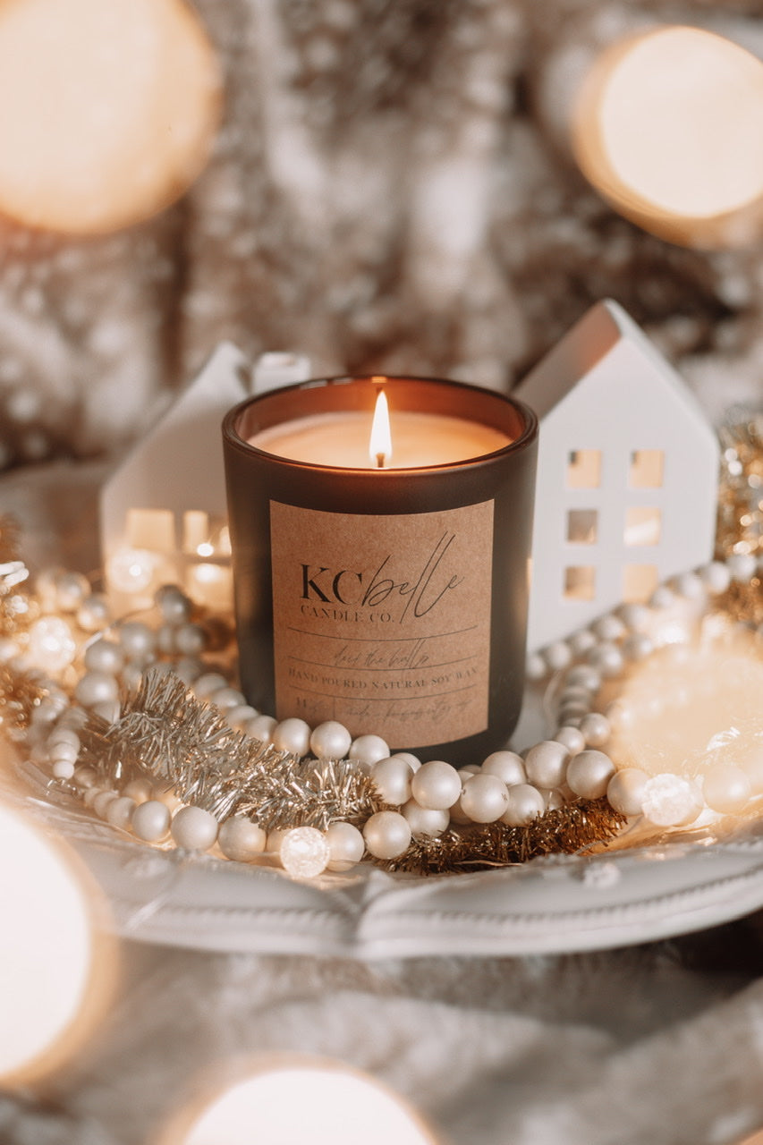 Deck the Halls - 14 oz. Candle
