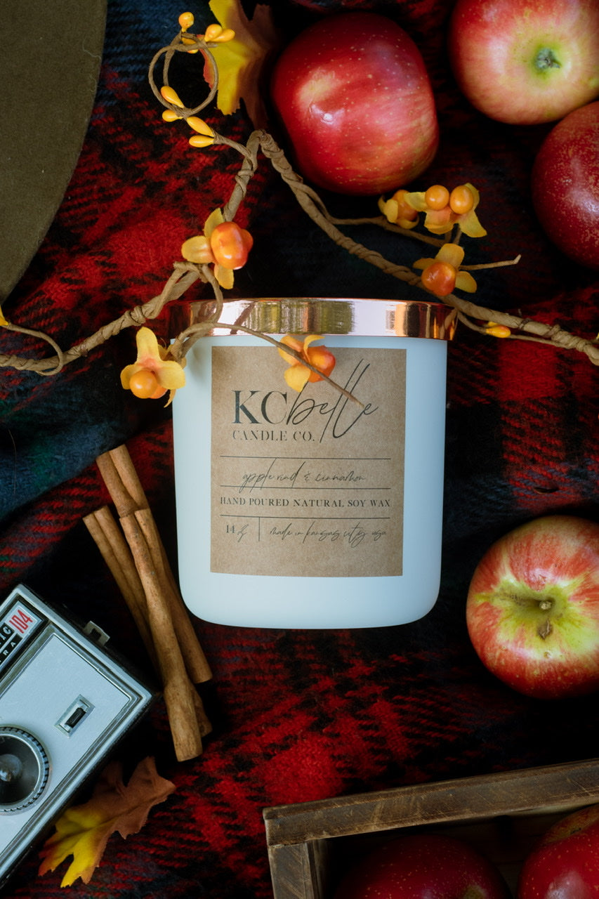 Apple Rind & Cinnamon - 14 oz. Candle