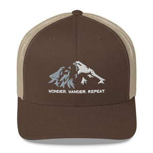 Open image in slideshow, Wolf Mountain Vintage Cap