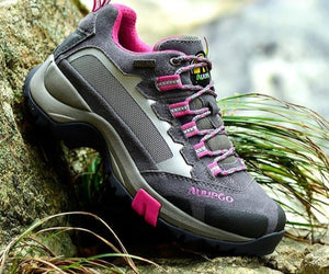 Open image in slideshow, Mountaineer Woman Hiking Shoes