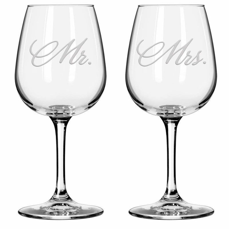 Personalized wine glasses. Mr. and Mrs. Wine glasses.