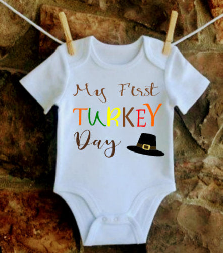 My First Turkey Day onesie, First Thanksgiving outfit, Baby first Thanksgiving shirt, Thanksgiving onesie for Baby