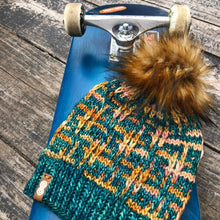Load image into Gallery viewer, The Hashtag Beanie knit PATTERN