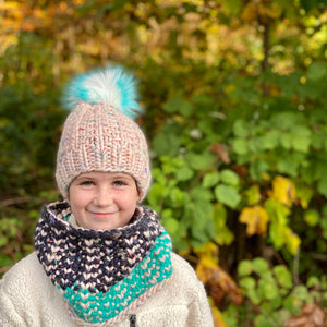Hand knit women's kid's luxury textured cowl 100% merino wool fall winter fashion blue pink