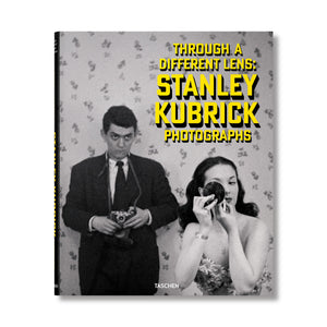 Stanley Kubrick Photographs. Through a Different Lens  · libro