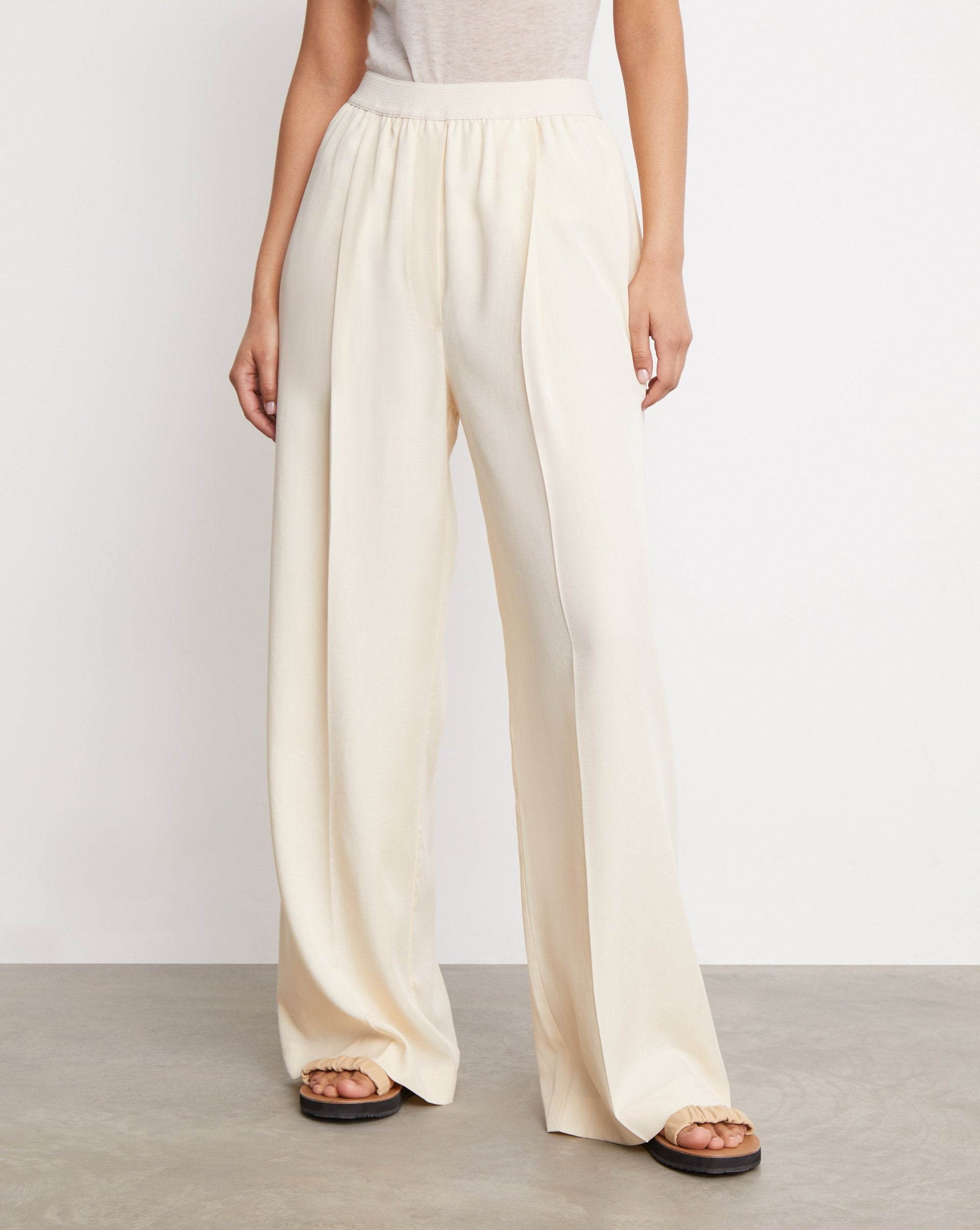 Pleated straight leg trousers - 12 STOREEZ