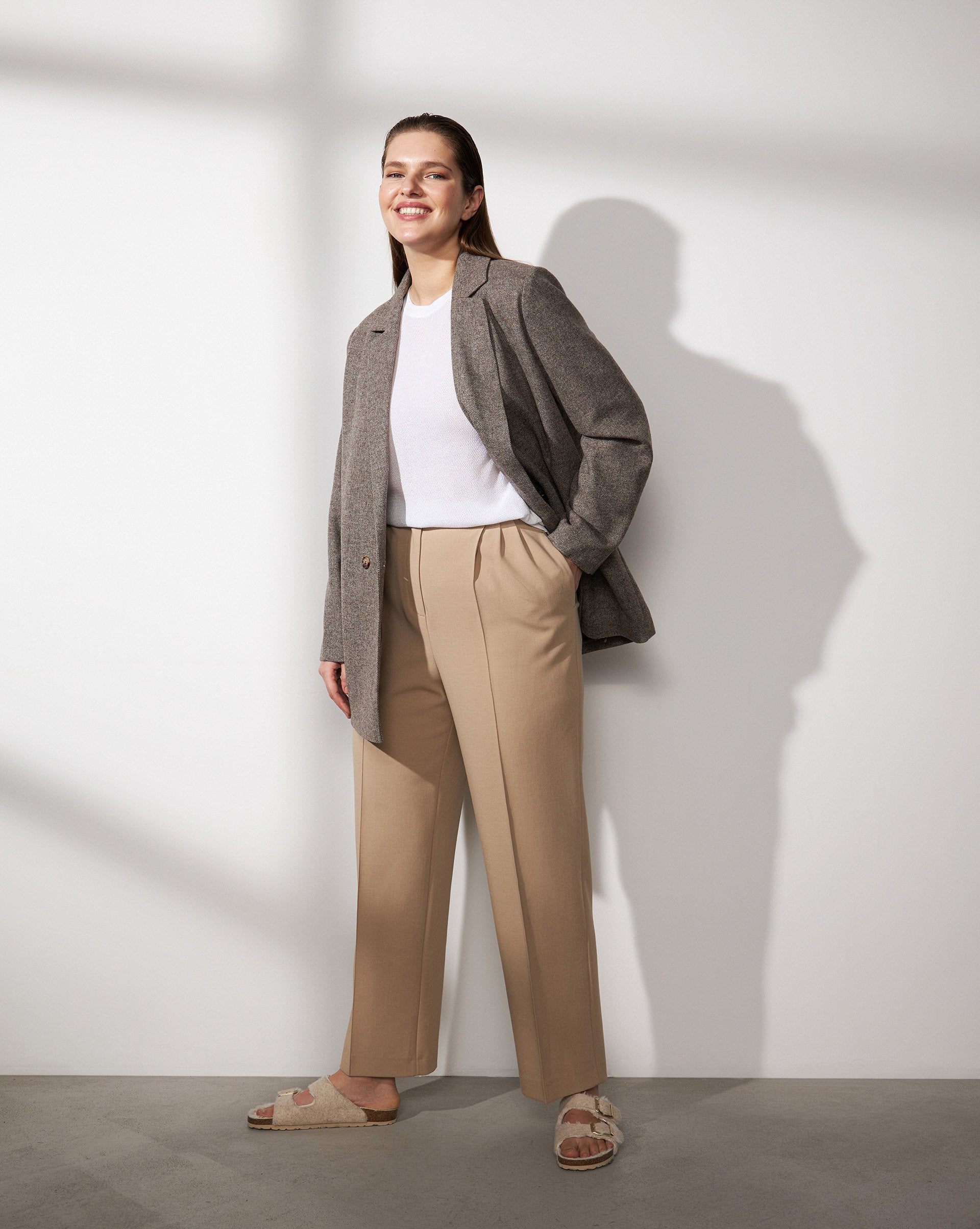 Straight leg pleated trousers - 12 STOREEZ