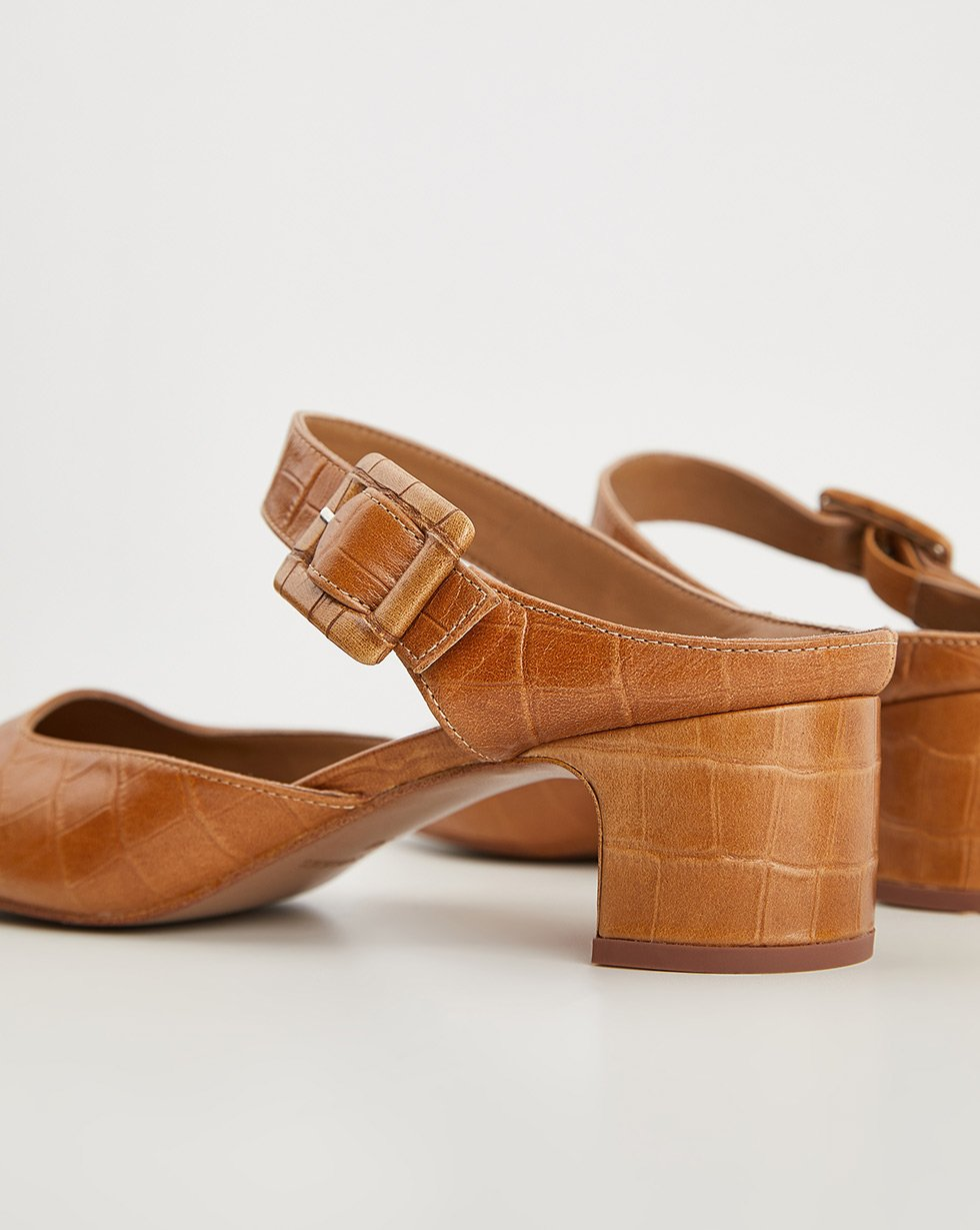 Buckle shoes - 12 STOREEZ