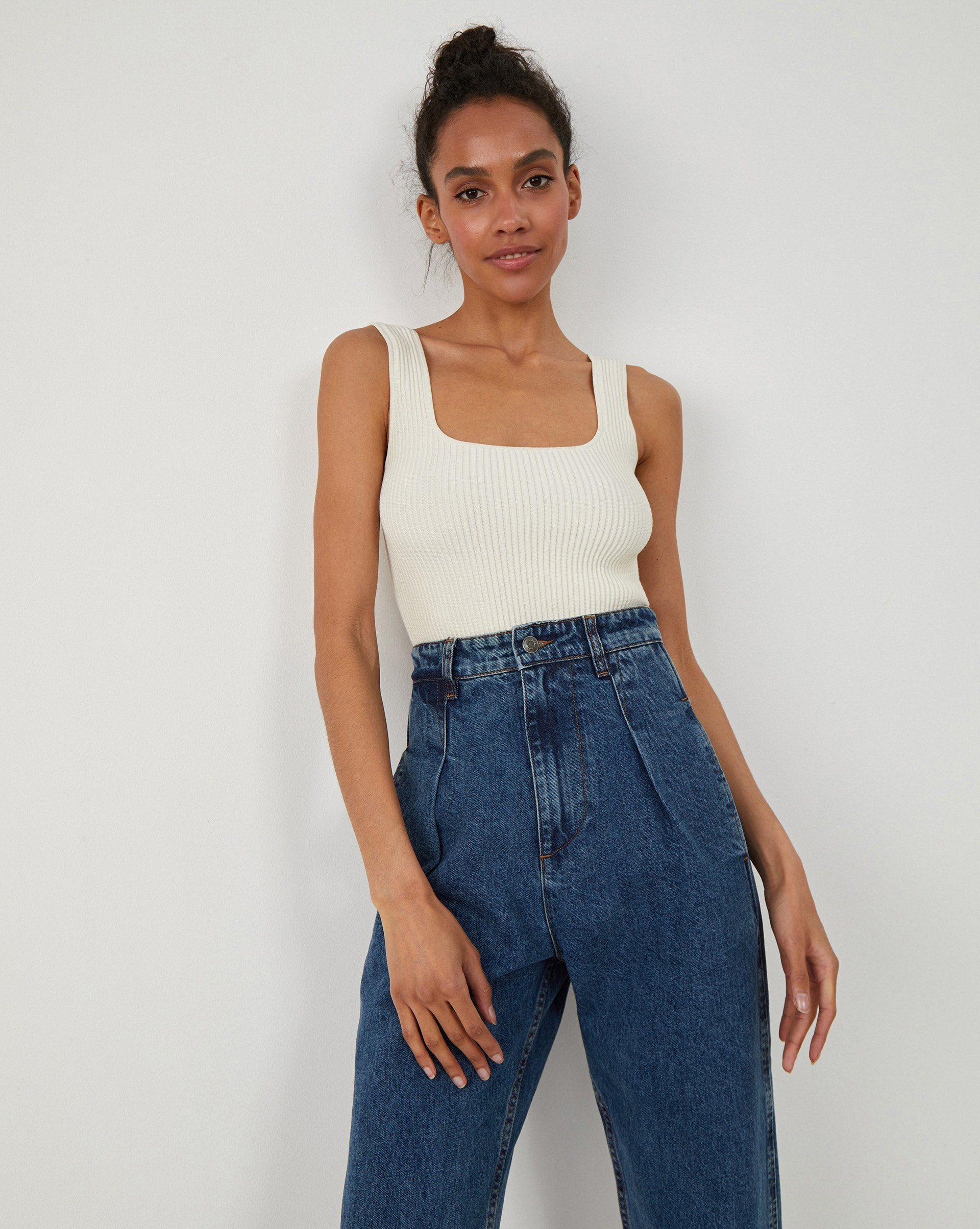 Loose fit pleated jeans - 12 STOREEZ