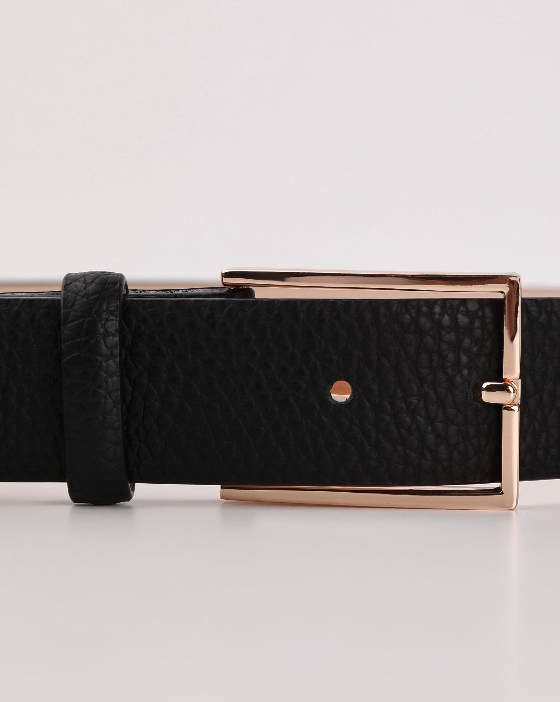 Rectangular buckle belt