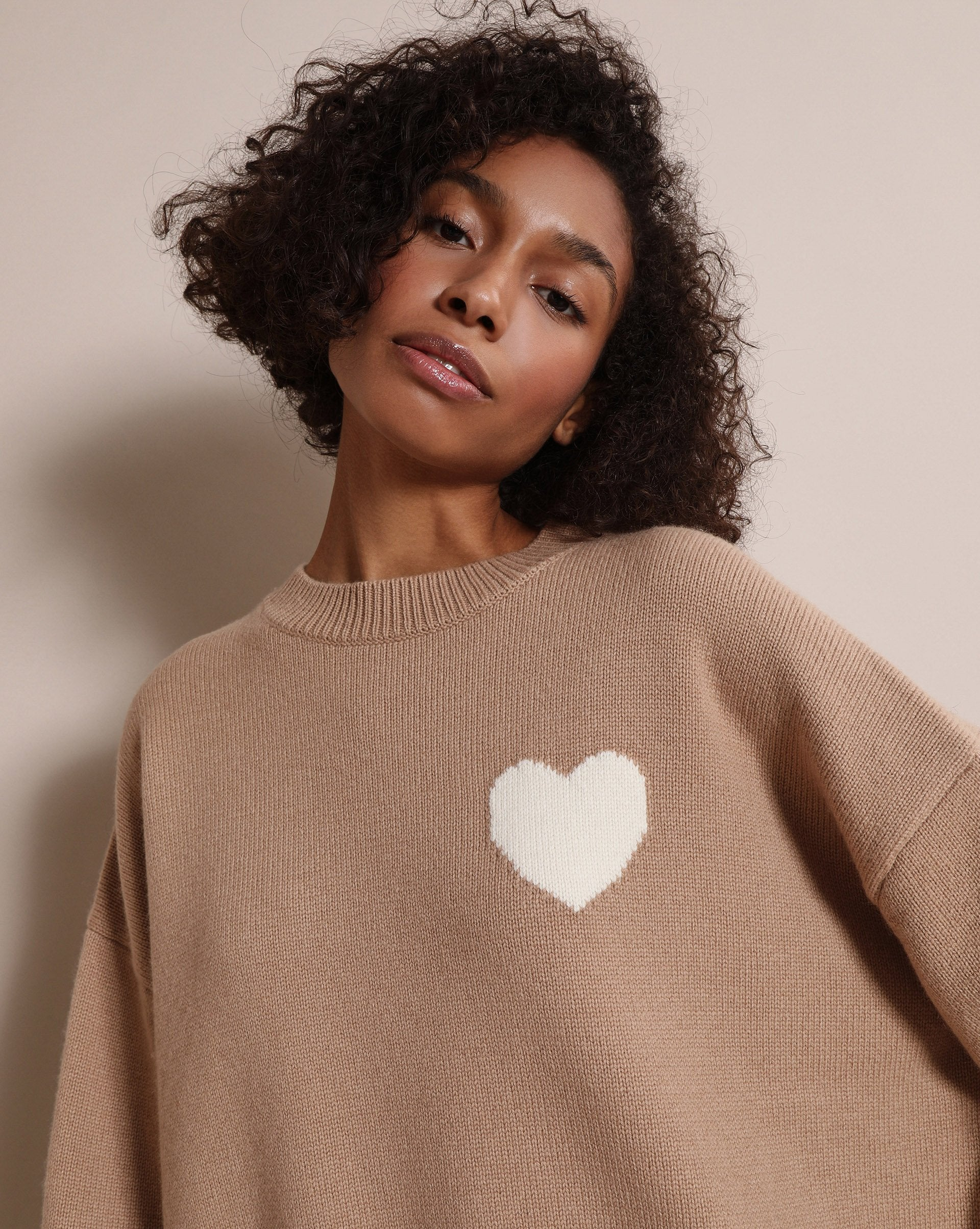 Heart knitted jumper - 12 STOREEZ