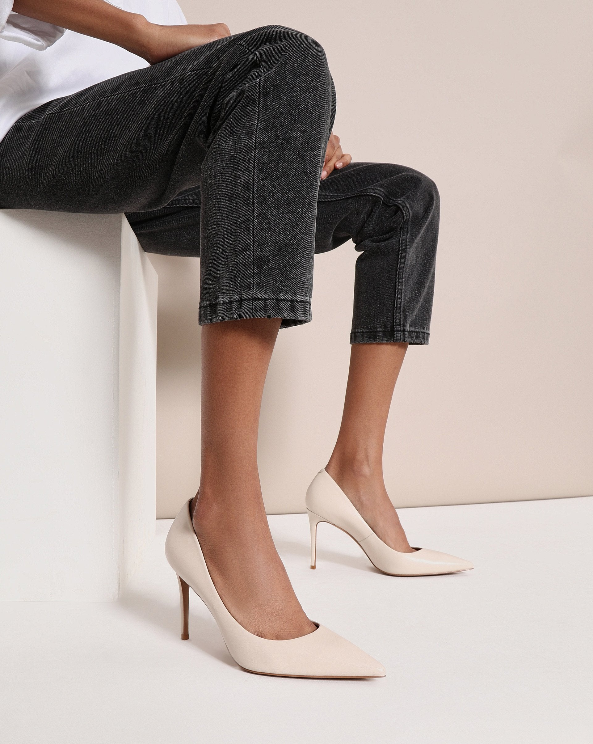 Pointed toe leather pumps - 12 STOREEZ