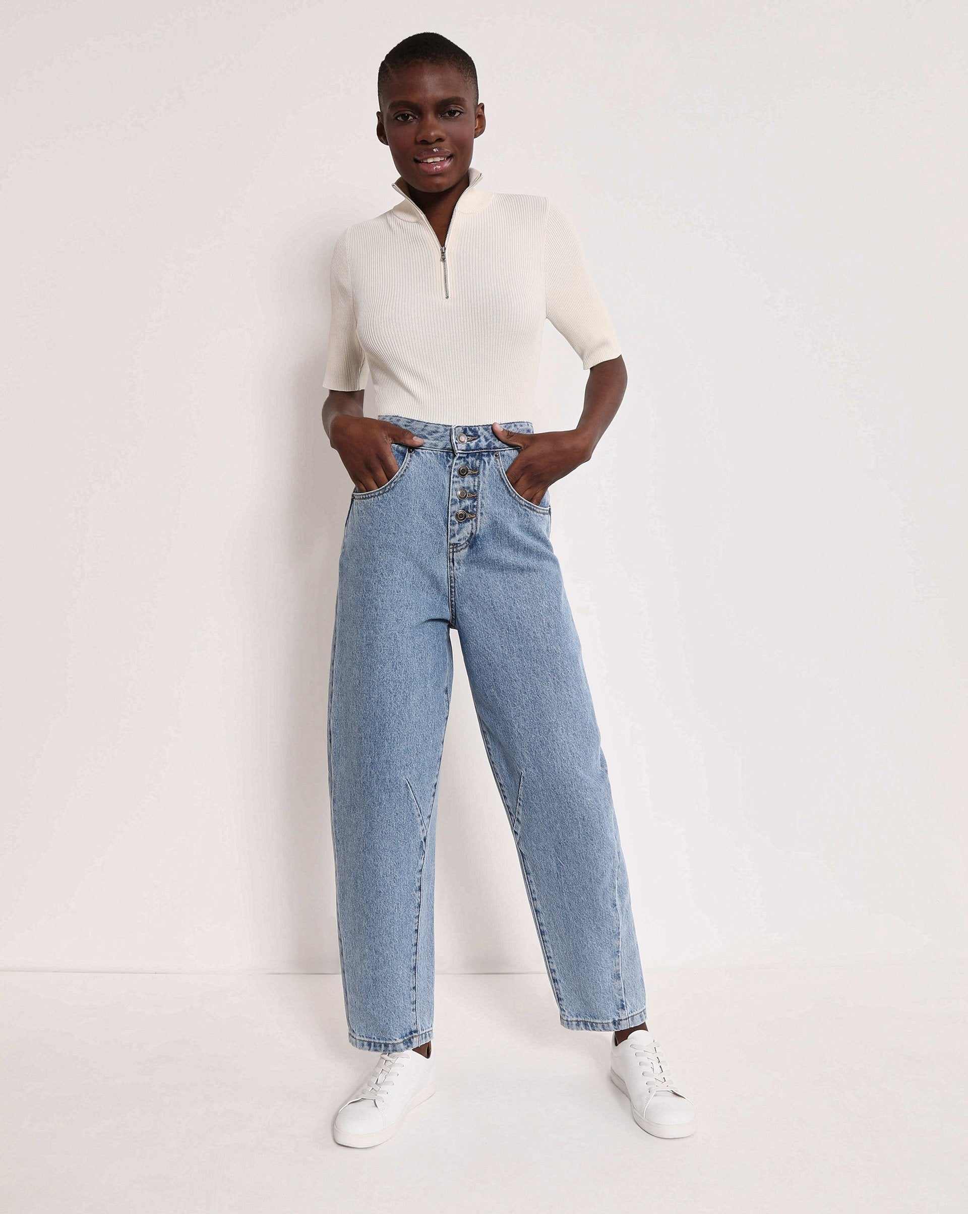 High rise button jeans - 12 STOREEZ