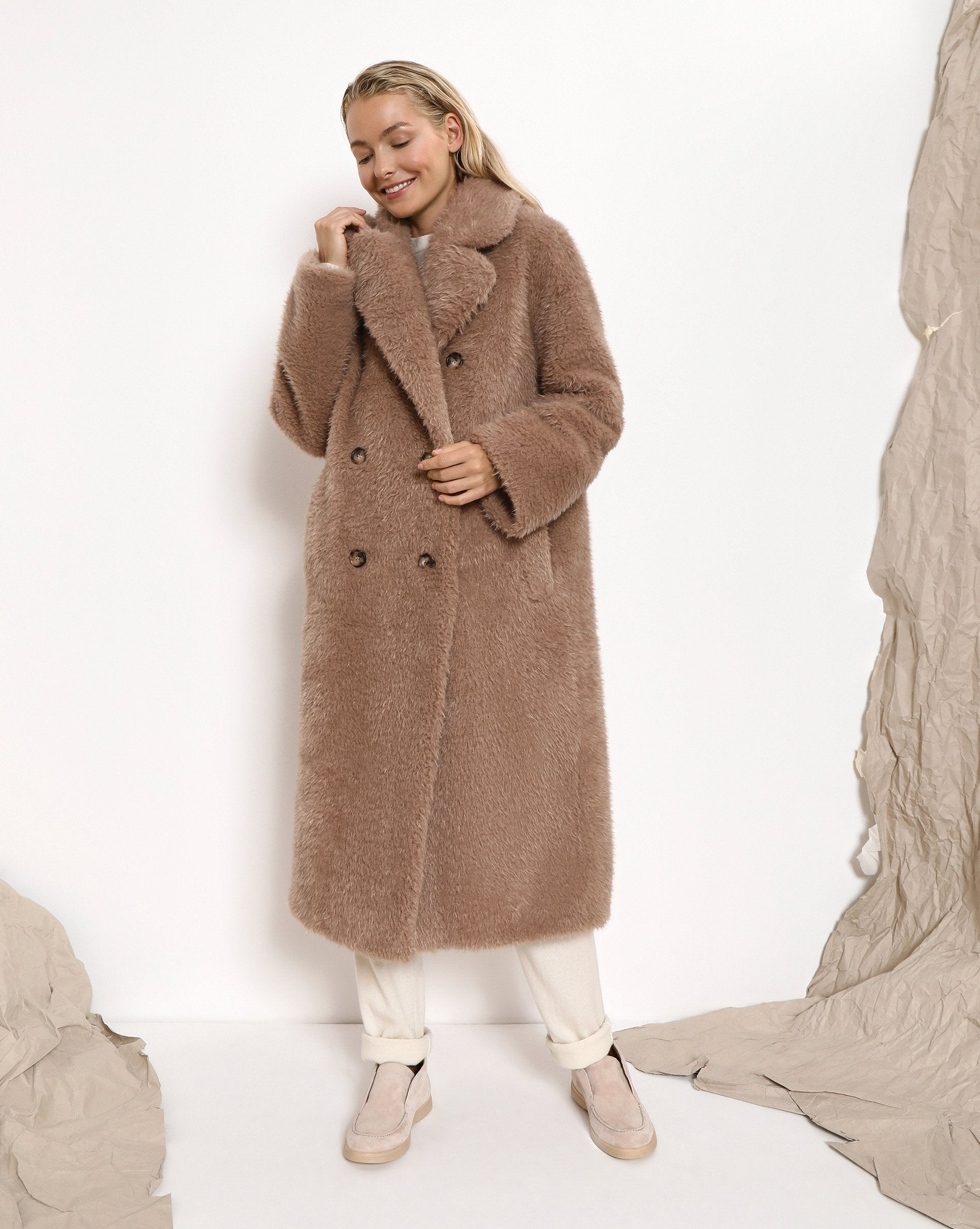 Double-breasted teddy coat - 12 STOREEZ