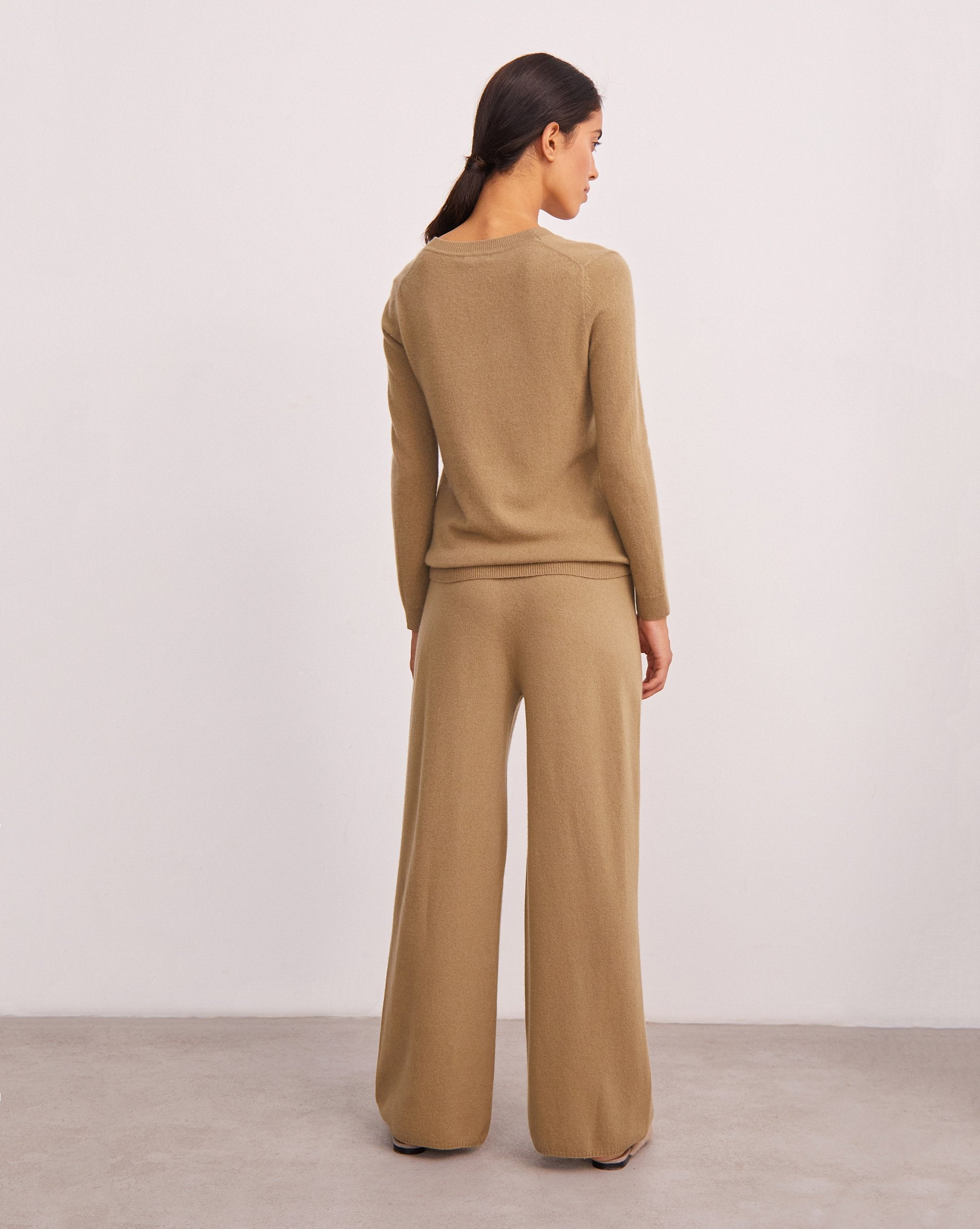 Wide leg knit trousers - 12 STOREEZ