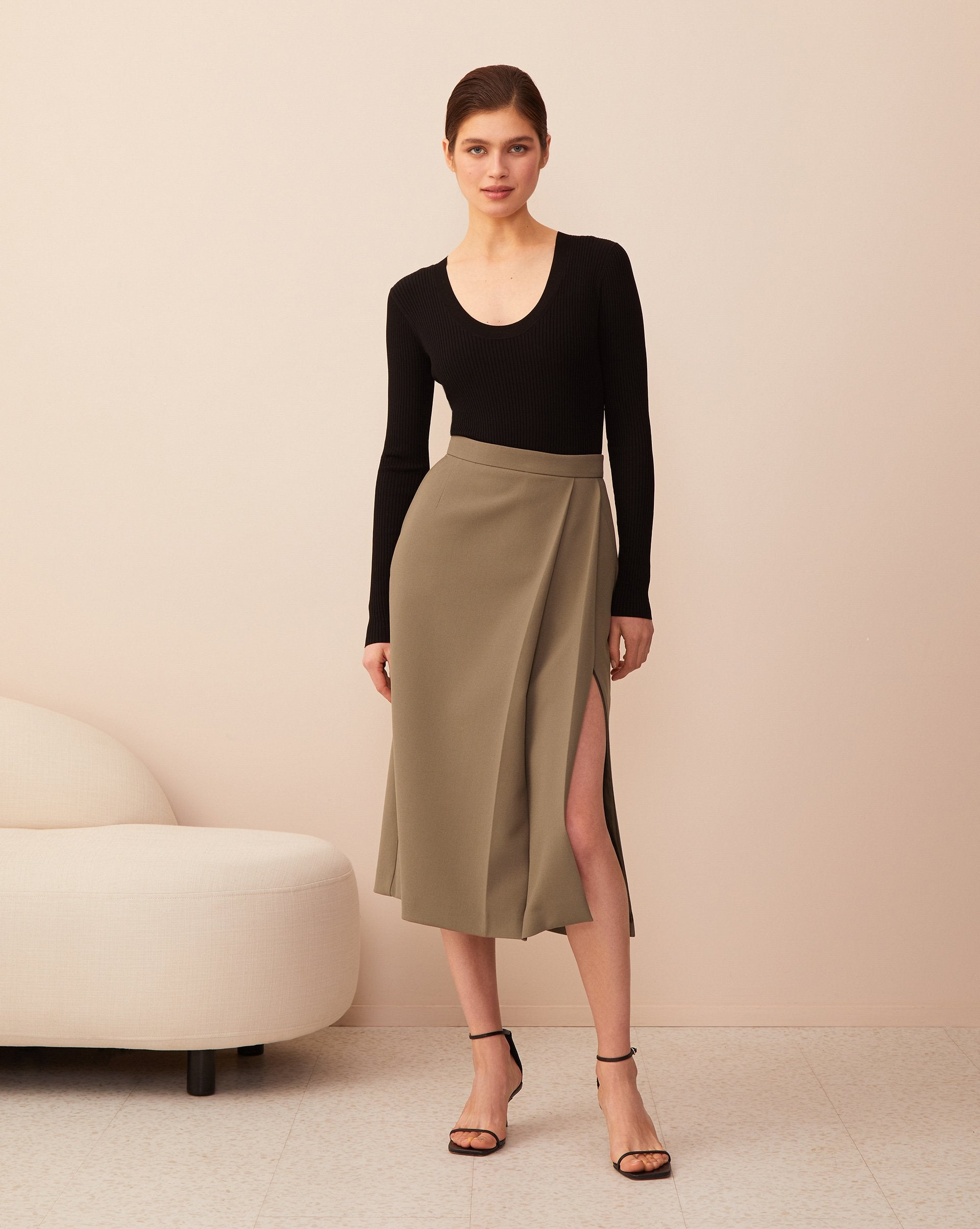 Pleated side slit midi skirt - 12 STOREEZ