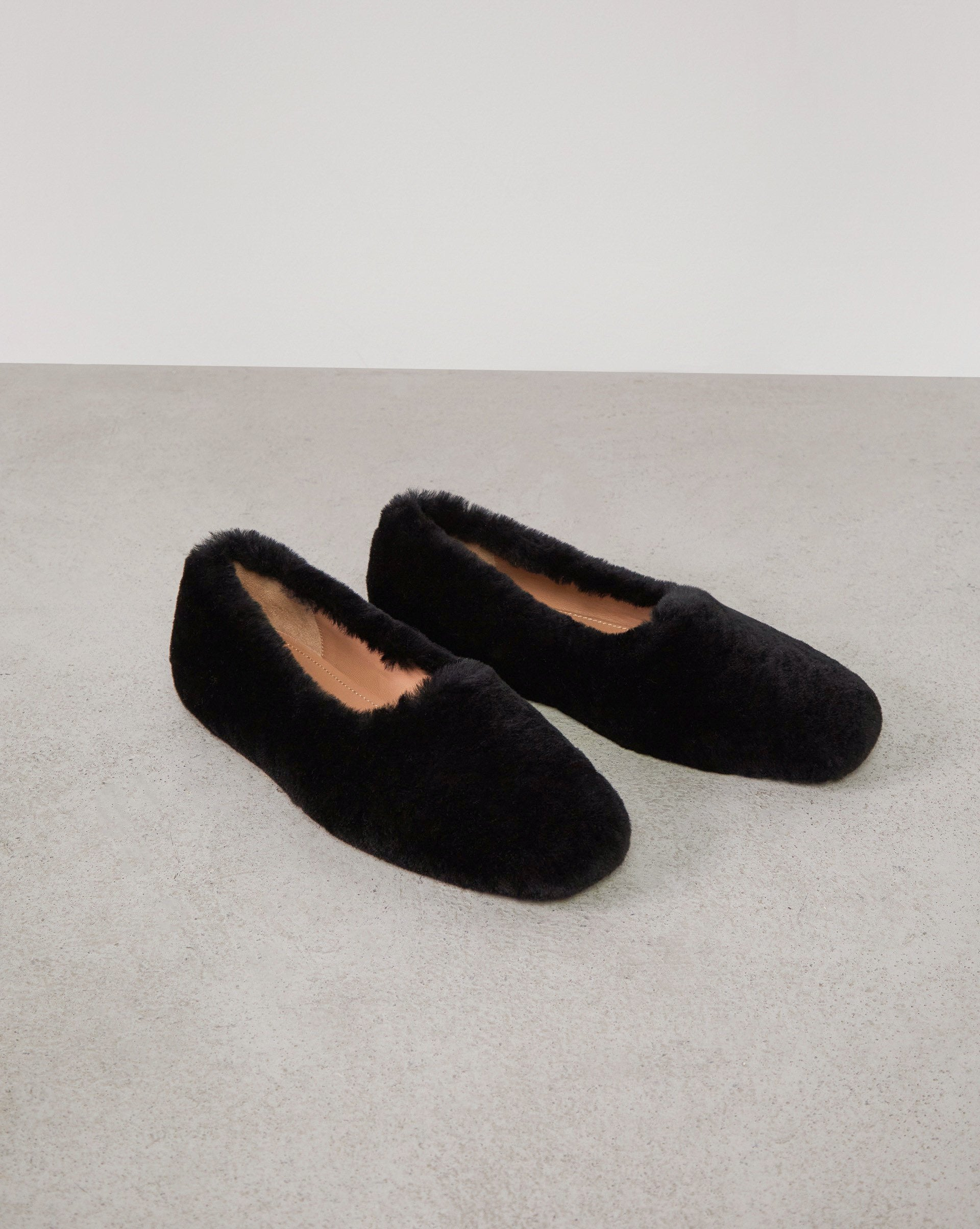 Shearling loafers - 12 STOREEZ