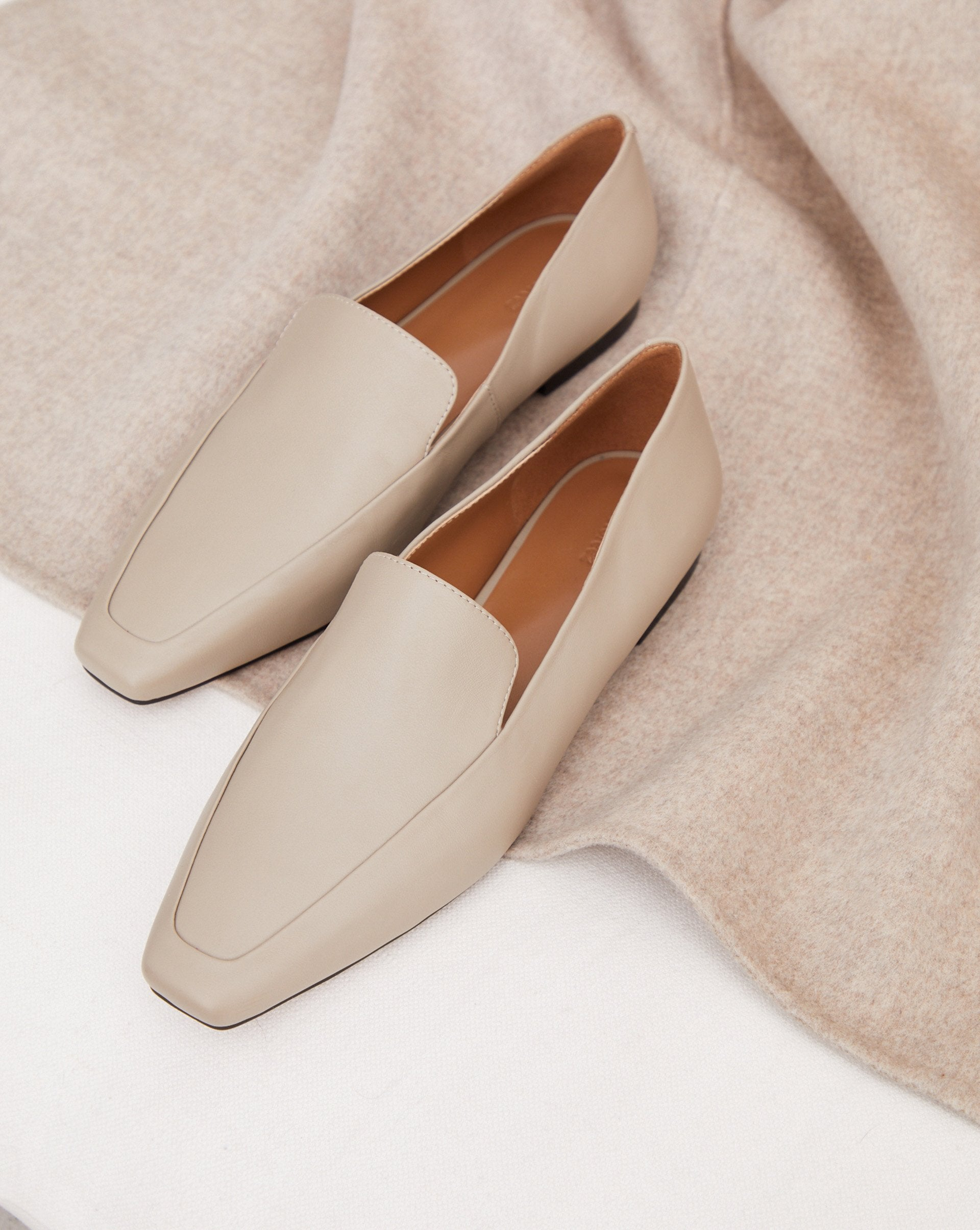 Pointed toe leather loafers - 12 STOREEZ