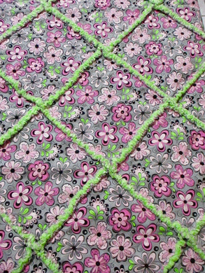 Daisy Floral Pink Gray Green Polka Dot Rag Quilt - Handmade | Beachside Knits N Quilts