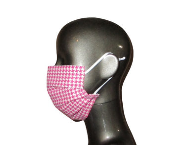 Pleated Face Mask with Adjustable Straps - Pink Houndstooth