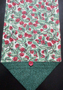 Quilted Table Runner or Dresser Scarf - Christmas Berries - Beachside Knits N Quilts