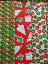 Load image into Gallery viewer, Christmas Tree Star Swirl - Machine Embroidery Quilting Design - 5x7 Hoop - Beachside Knits N Quilts