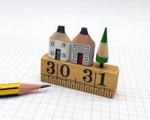 Load image into Gallery viewer, Pair of Pencil Houses Ruler Street White and Grey