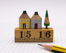 Load image into Gallery viewer, Pair of Pencil Houses Ruler Street Grey and Yellow