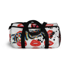 Lip popping, Duffel Bag