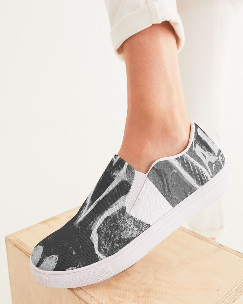 Holla diablo Women's Slip-On Canvas Shoe