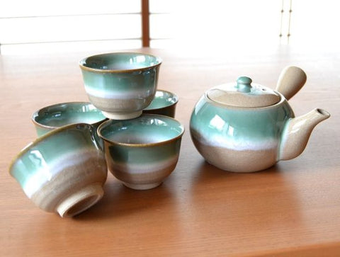Late Autumn Arita Porcelain Tea Set