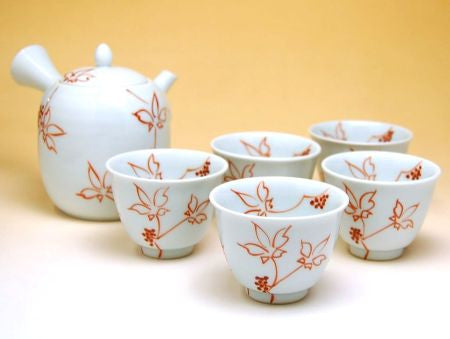 Red Japanese Hydrocotyle Arita Porcelain Tea Set