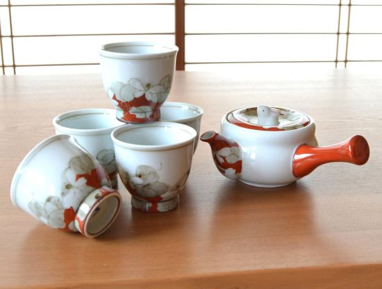 Flower Mind Arita Porcelain Tea Set