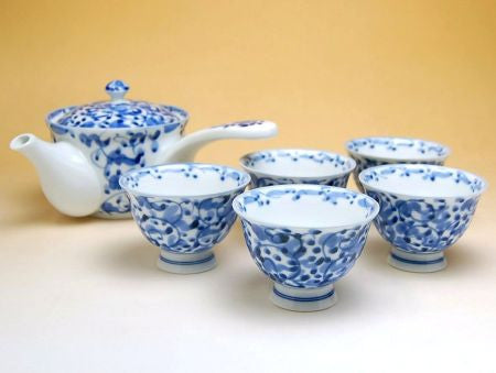 Japanese Arabesque Arita Porcelain Tea Set