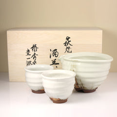 Snow Crystal Hagi Ware Sake Set by Keiichiro Sho