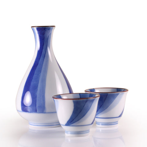 Flowing Water Arita Porcelain Sake Set
