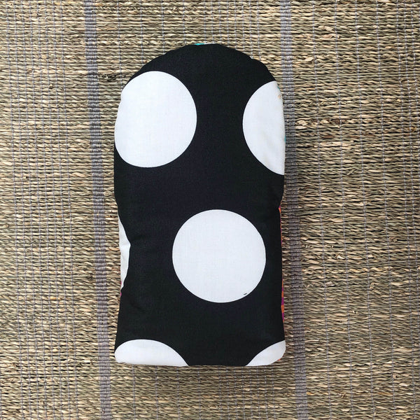 Big Ol' Dots Oven Mitts - Shop Matson