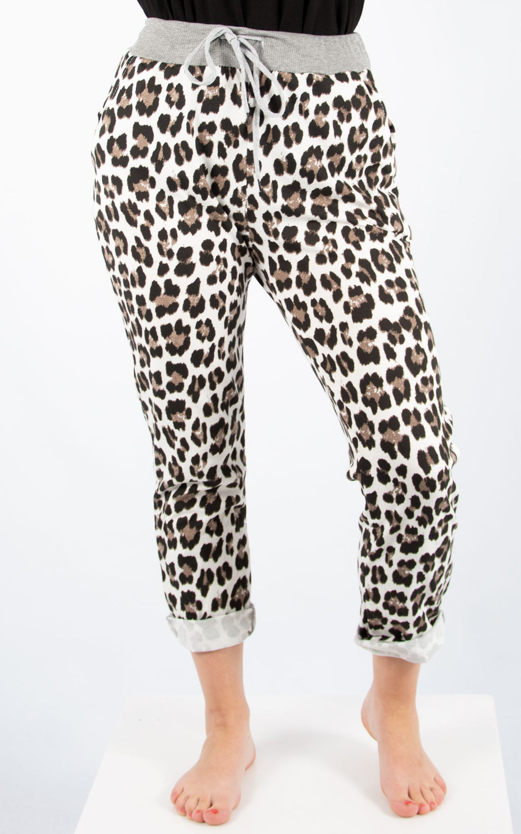 White Basic Leopard Print Jogger | Made In Italy